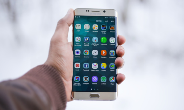 Fraudulent Mobile Apps: What you should know and how to avoid them